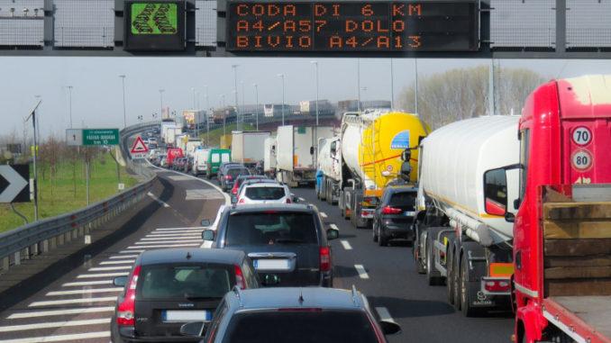 Entwicklung des Autoverkehrs